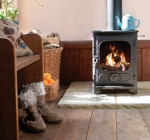Charnwood country four wood burning stove wyvern fireplaces - Cocinas de pellets ...